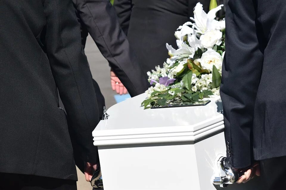 cérémonie funéraire avec cercueil cérémonie funéraire civile