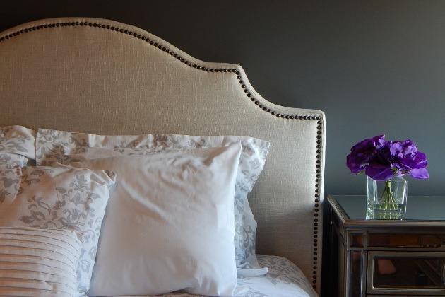 lit avec tête de lit